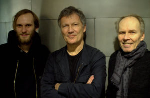 Michael-Rother-and-band-Photo-by-Marc-Emerik